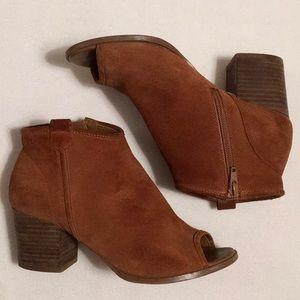 Aldo Suede Peeptoe Side Zip Boots sz 7